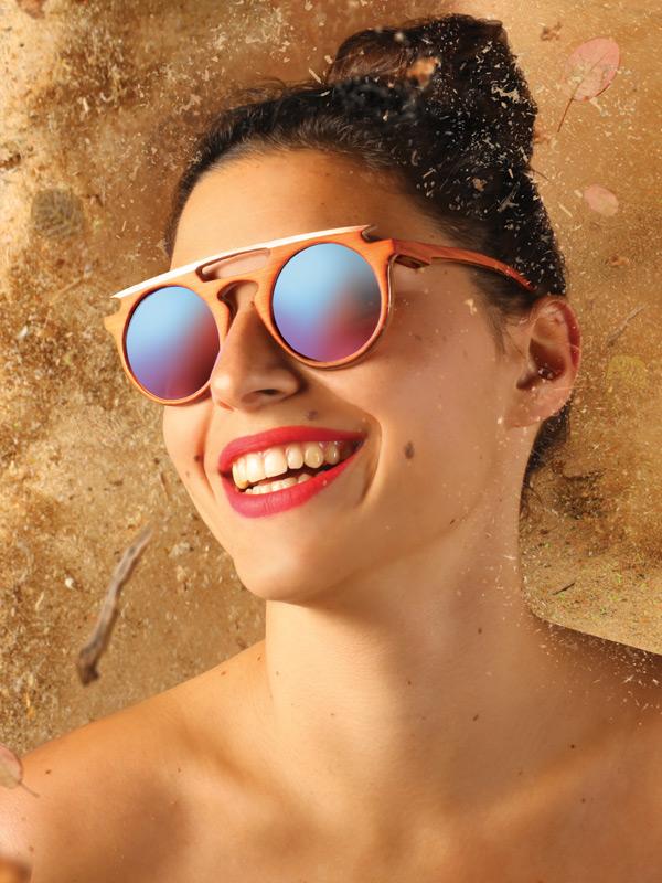 strange froots collection hylé lunettes en bois piece unique